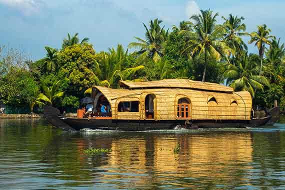 kerala-houseboats