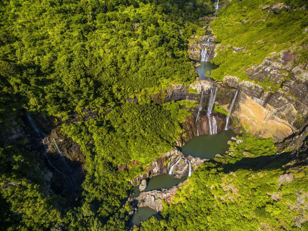 tamarin-waterfall